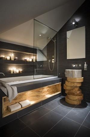Mooie sfeer verlichting in een badkamer.